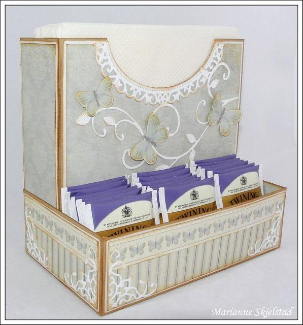 Candice papieren wereld: Servet Houder - Pion Design.