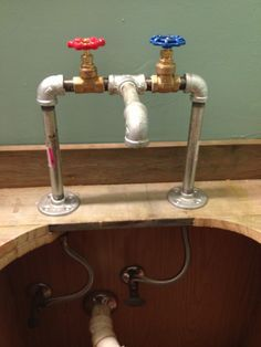 Image Result For Diy Free Standing Faucet Plumbing Pipes Farmhouse Bathroom Vanity Retro Bathrooms Farmhouse Bathroom