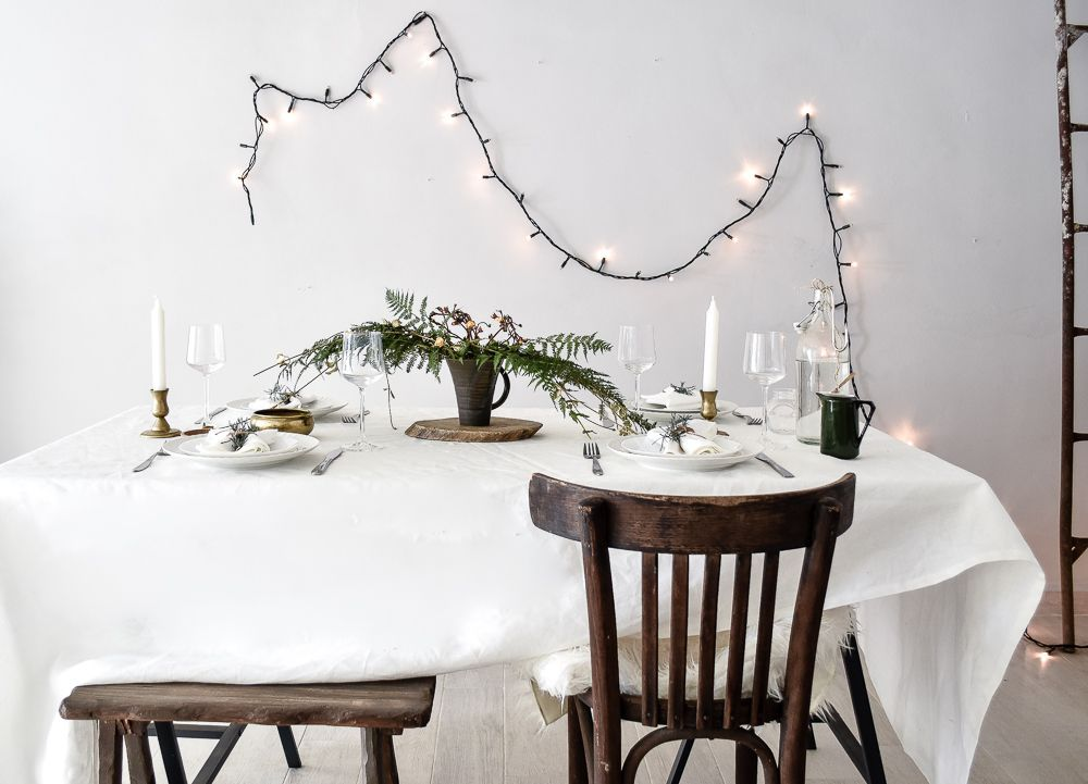 How to Style a Festive Green Table for Holiday | Decor ...