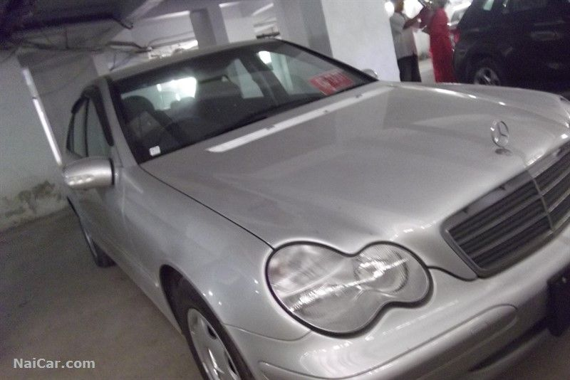 Mercedes benz c class 2003 for sale in islamabad pakistan