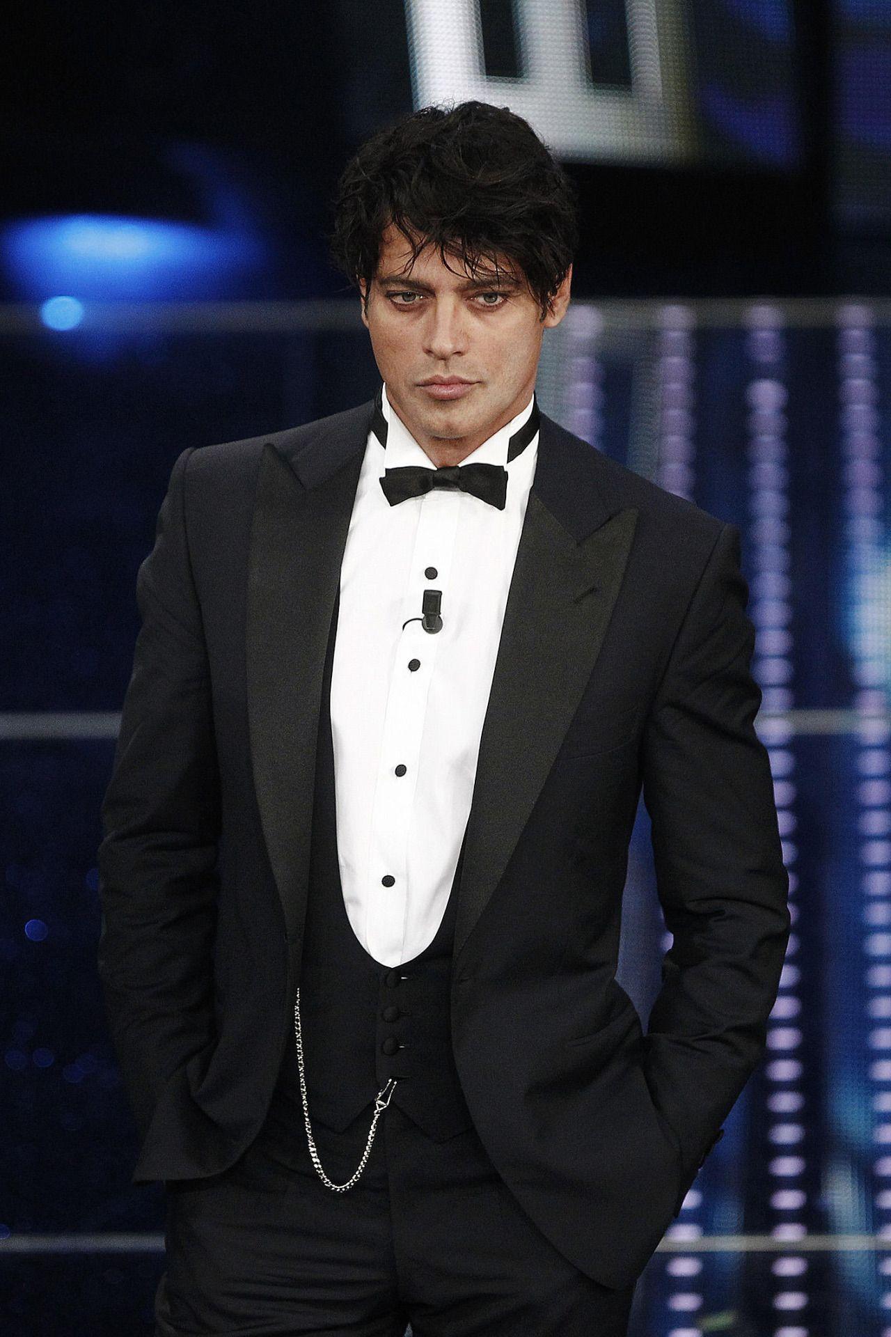 Auguri Gabriel Garko: 44 anni in bellezza! | GABRIEL GARKO