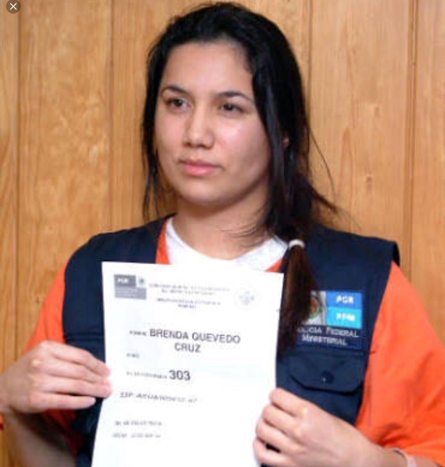 Brenda Quevedo Cruz. Procesada por el secuestro de Hugo Alberto Wallace. | Secuestro, Cruz