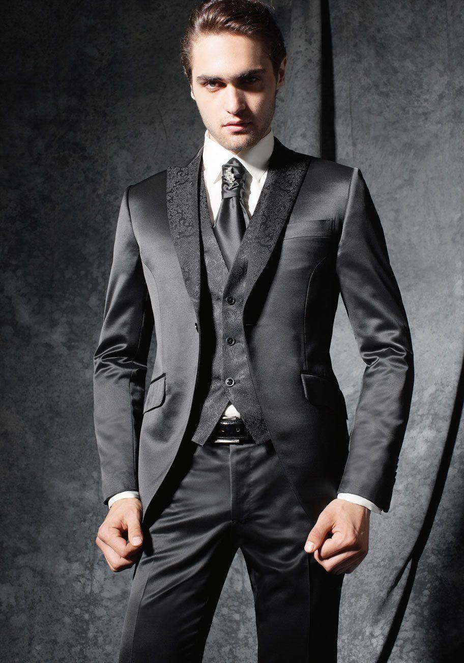 Black collection – Costumes de mariage  68edede4c3c