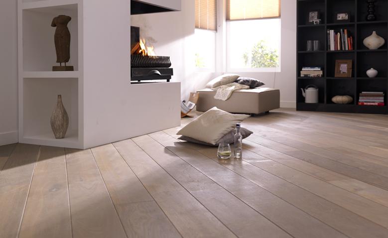 Eikenhouten vloer white wash product in beeld startpagina voor