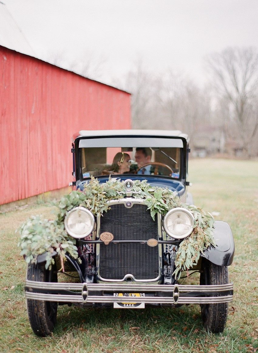 Rustic Vintage Winter Wedding Inspiration in Red, Blue & Gold ...