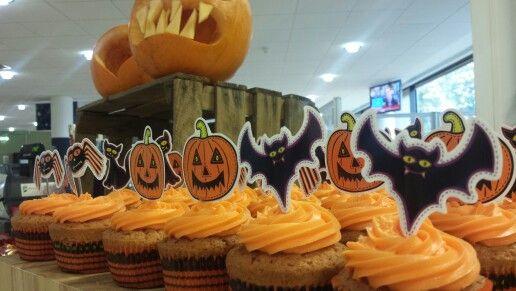 Creepy cupcakes Creepy c2afe8952ea0
