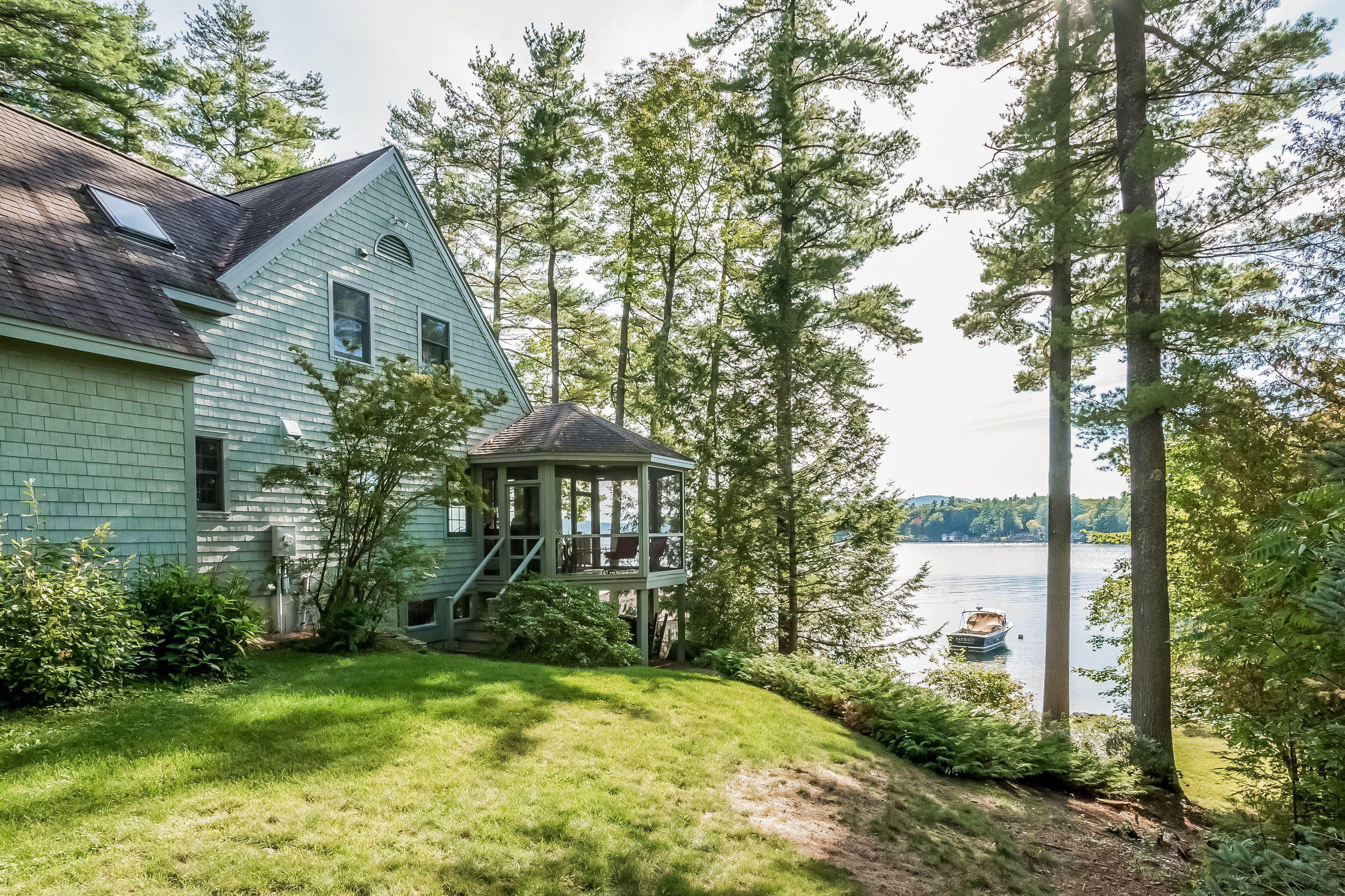 Classic Sewall Road Wolfeboro waterfront home on Lake