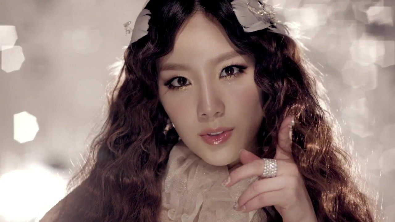 Taeyeon SNSD Girl's Generation The boys Makeup-- loved all ... Taeyeon The Boys