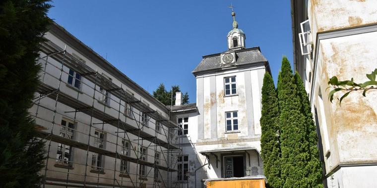 Schloss Rantzau Schleswig Holstein New Owner Schloss Tapeten Entfernen Gebaude
