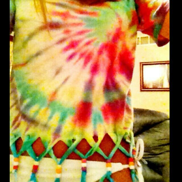 1f332fc5f48d0 Tye dye shirt with fringe and beads on bottom.   Neat things   Diy ...