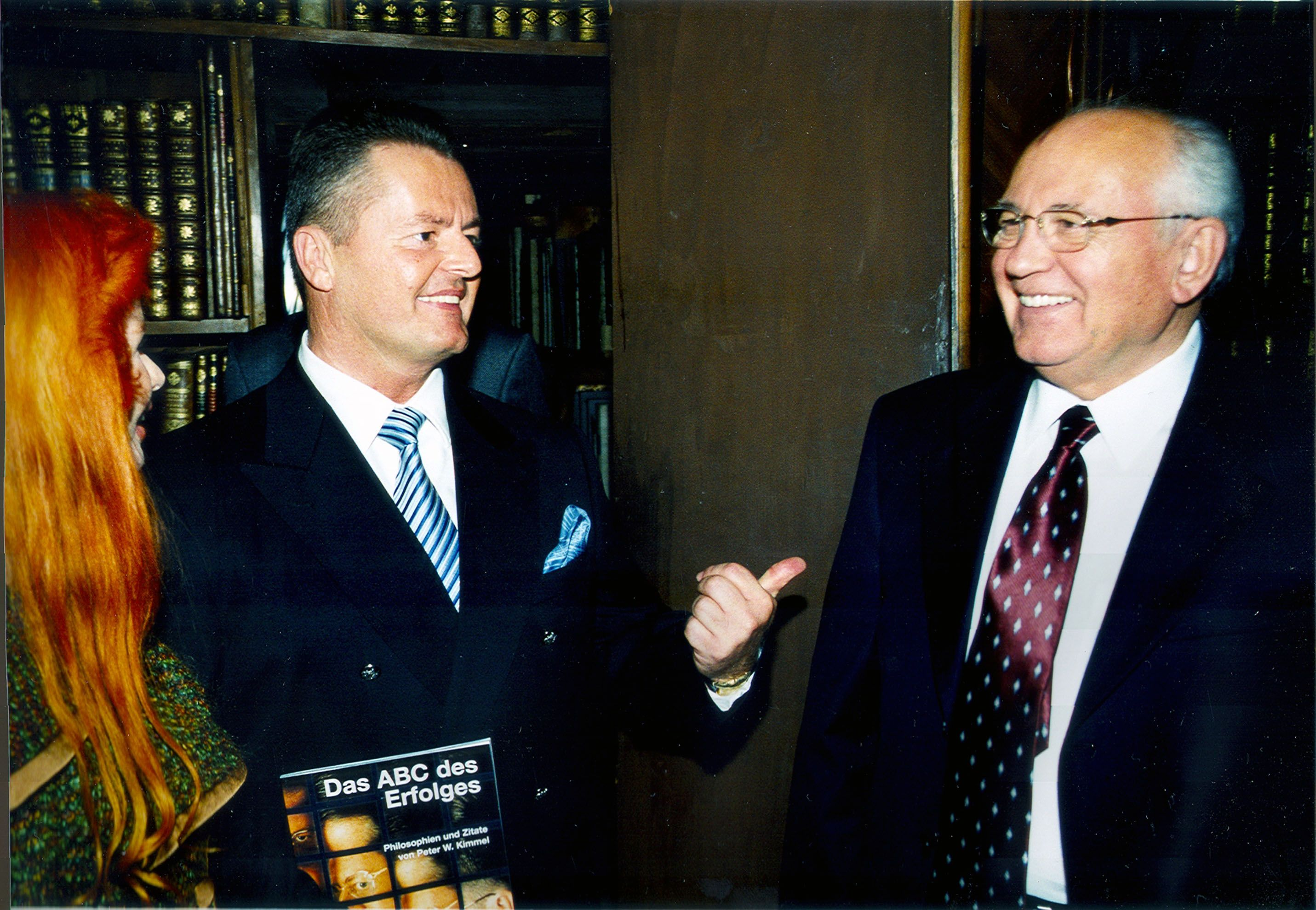 President Mikhael Gorbachev & the Chairman of the Committee of the World Award Peter Kimmel