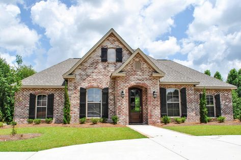 Acadian Home Plan with s 142 1069 3 Bdrm 1 715 Sq Ft