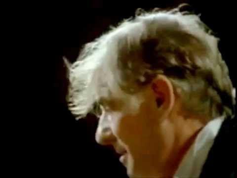 THE ART OF CONDUCTING - LEONARD BERNSTEIN - YouTube