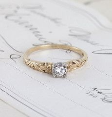 1940s Floral Two-Tone Diamond Solitaire