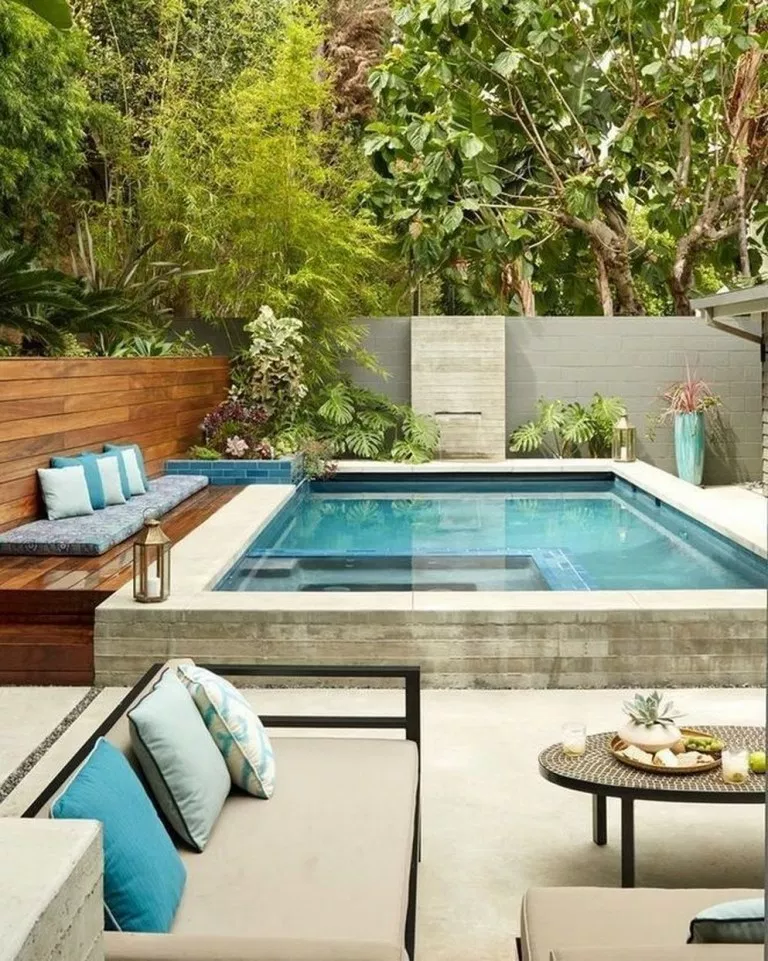 79 Awesome Minimalist Small Pool Design With Beautiful Garden Inside Gardendesign Gardenideas Backyard Pool Designs Small Backyard Design Small Pool Design