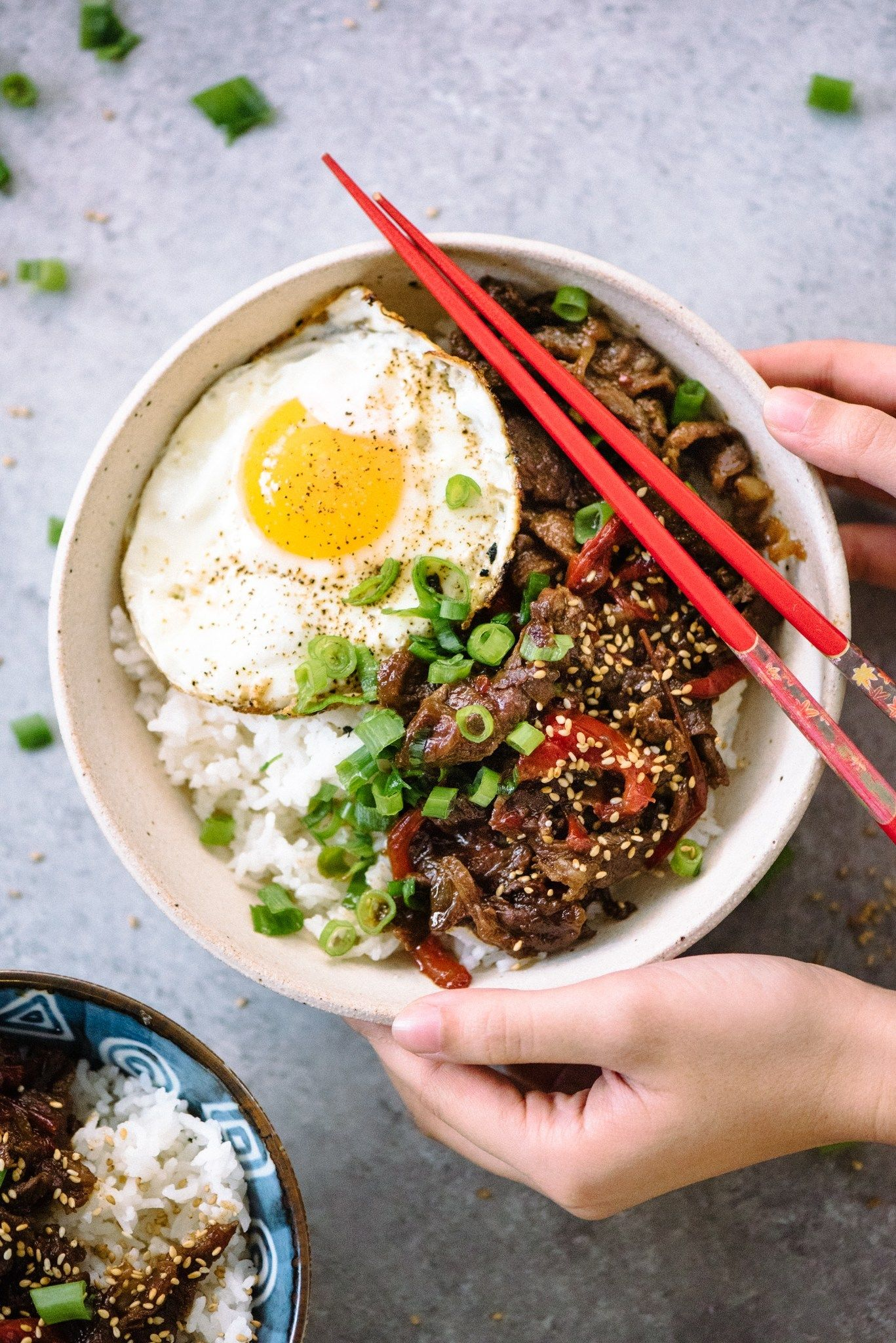Japanese Gyudon Beef Bowls Recipe Beef Bowls Japanese Beef Beef And Rice