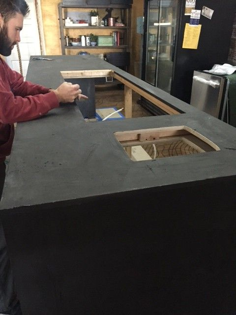 Diy Black Concrete Island Concrete Countertops Diy Concrete
