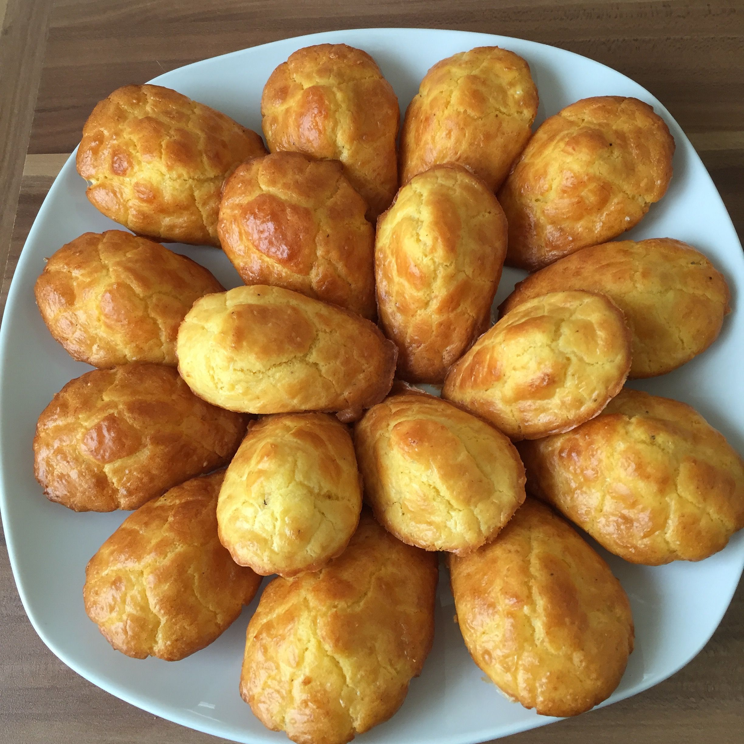 Madeleines Au Fromage