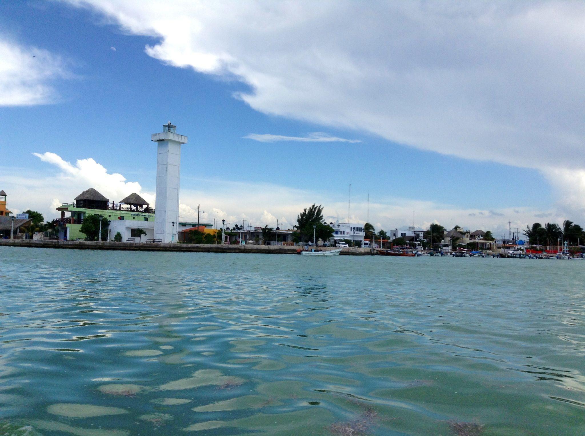Malecón de Río Lagartos, Yucatán, México.