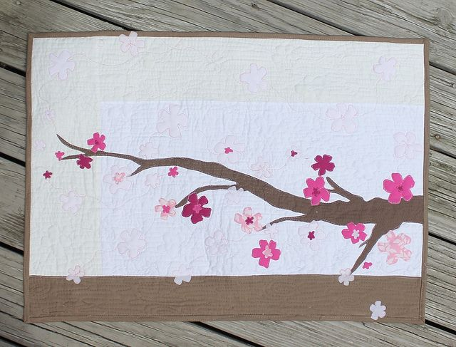Cherry Blossom Quilt By Danak Waterpenny Via Flickr Japanese Quilts Quilts Art Quilts