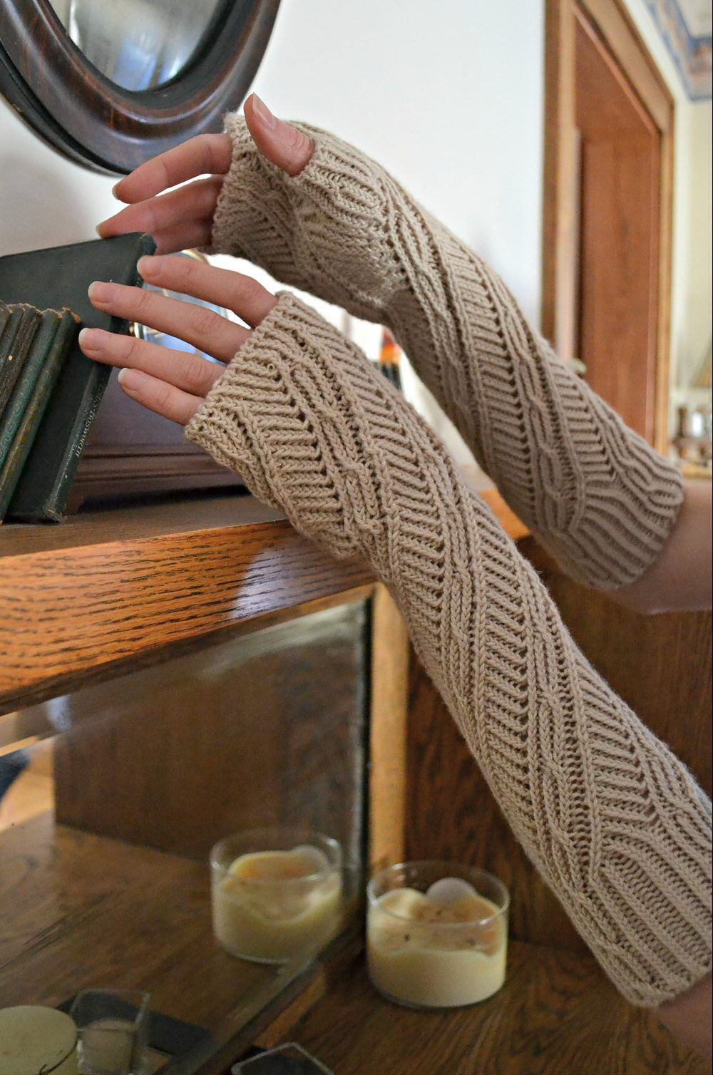 Twisty Mitts Knitting Patterns | Arm warmers, Knit patterns and Cable