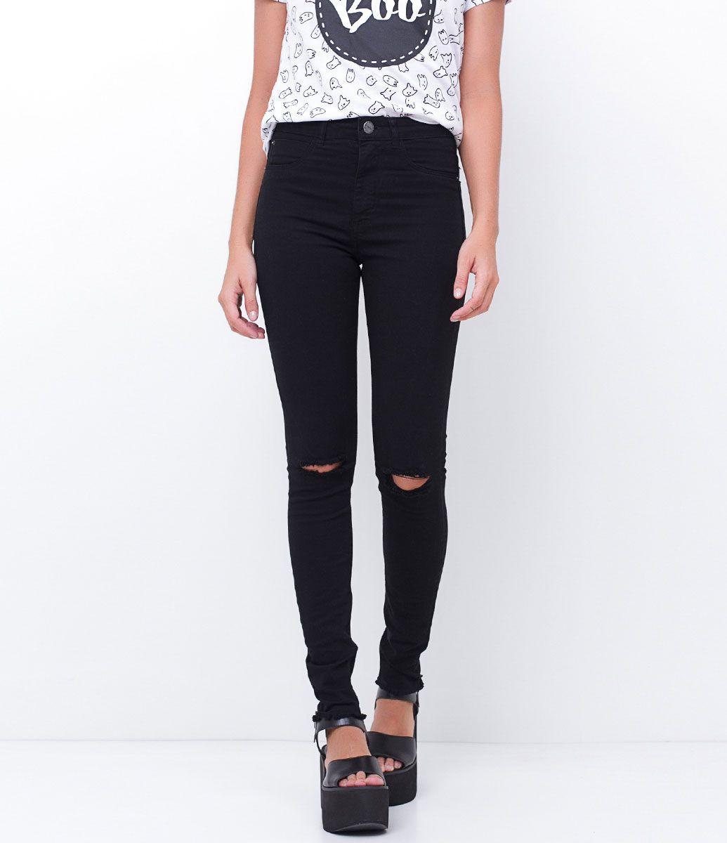 Calça feminina  Modelo cigarrete  Cintura alta  Com rasgos  Marca: Blue Steel  Tecido: jeans  Modelo veste tamanho: 36     Medidas da modelo:     Altura: 1,73  Busto: 85  Cintura: 60  Quadril: 90    Veja outras opções de    calças jeans femininas.