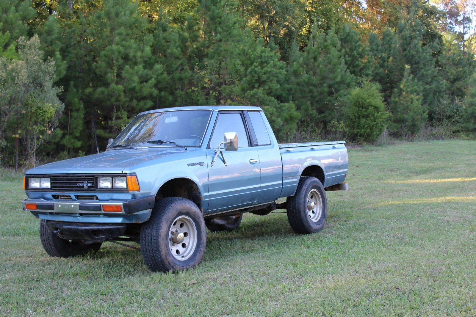 Nissan Other Deluxe Extended Cab Pickup 2 Door Extended Cab Nissan Cab