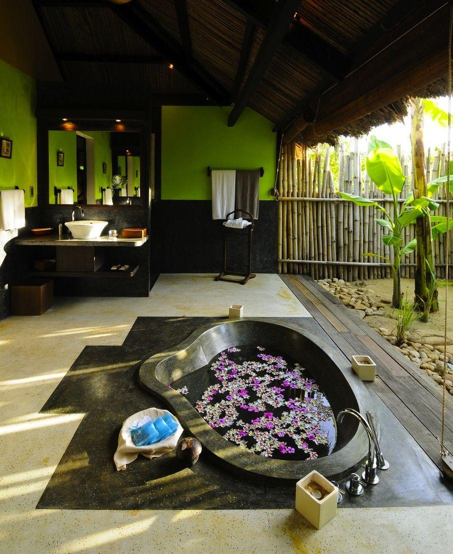 Zen indoor outdoor bathroom tropical beauty for the home