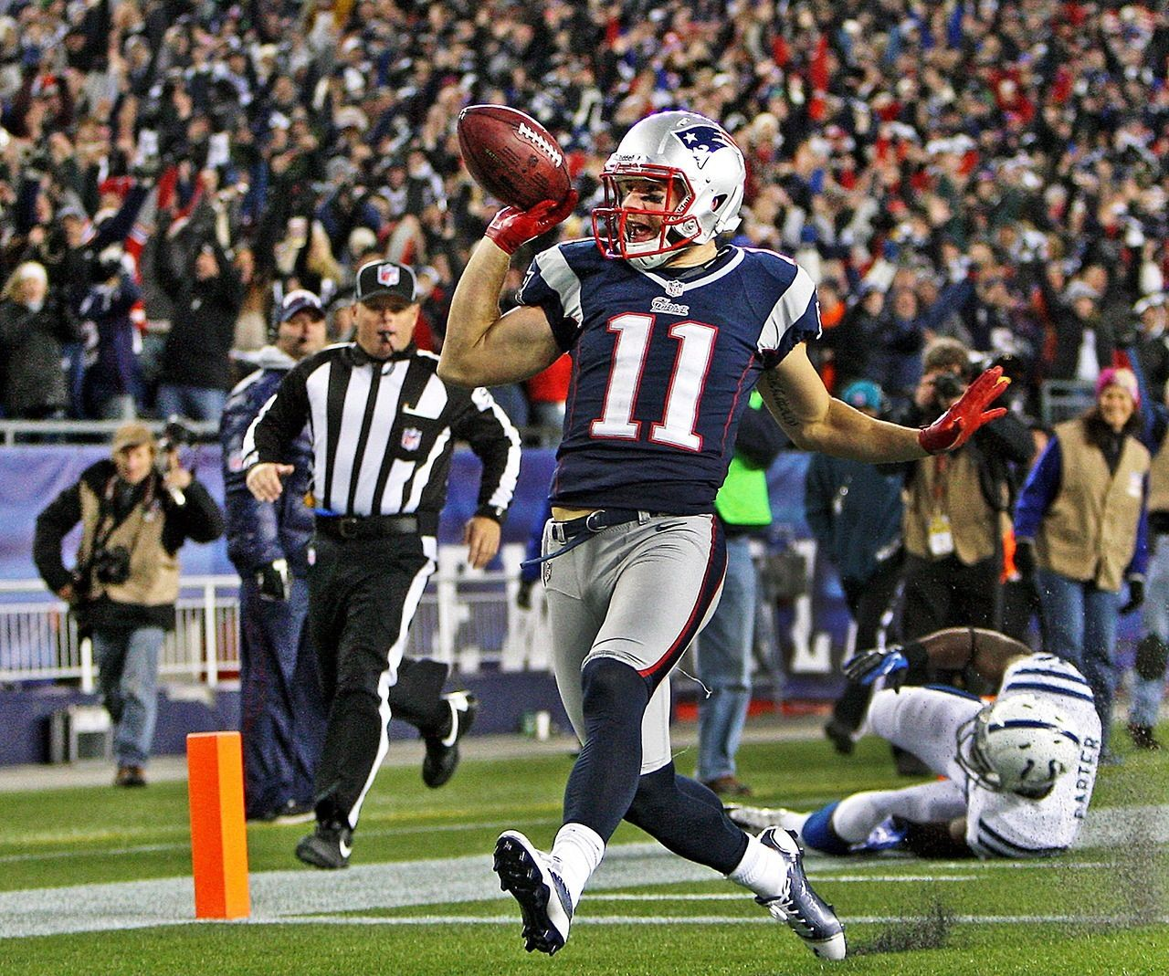 Pin By Celeste Williams On Boston Sports Julian Edelman Patriots Team New England Patriots