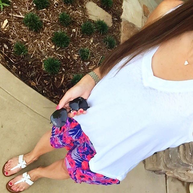 IG @mrscasual <click through to shop this look> floral shorts. Nordstrom white tank. Back Ray ban aviators. Tory burch Moore sandals. Kendra Scott.