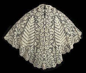 Cape of Bedfordshire bobbin lace