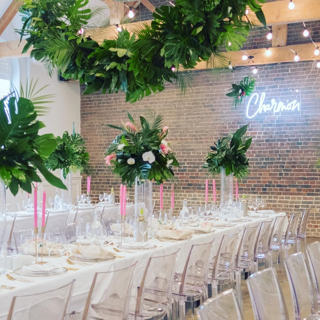 Contemporary Wedding Styling By Partysquared Weddings Bold Florals Thebotanicalshed Luxury Tableware From Partysquared In 2020 Neon Wedding Book Decor Neon Signs