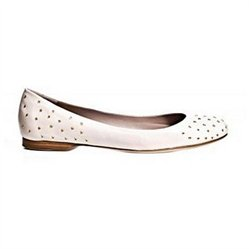 #Avril Gau                #ApparelFootwear          #Avril #Debby #Ballet #Flats #Womens #Shoes         Avril Gau Debby Ballet Flats Womens Shoes                                     http://www.seapai.com/product.aspx?PID=7324131