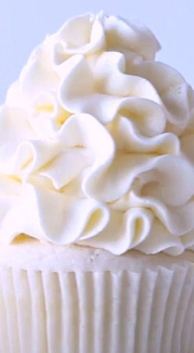 Snow White Chocolate Cupcakes