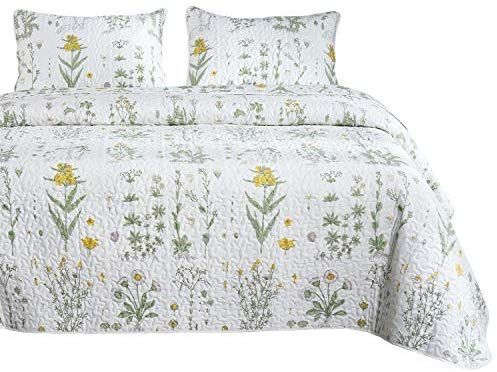 68e6d8754 Amazon.com: Wake In Cloud - Botanical Quilt Set, Yellow Flowers and Green