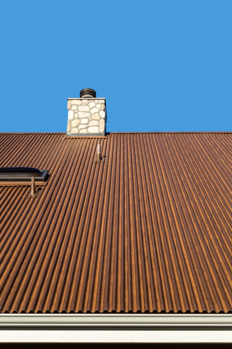 Rusted Metal Roofing Three Ways To Obtain The Trendy Look Of Having New Roofs And Walls Look 100 Years Galvanized Metal Roof Corrugated Metal Roof Metal Roof