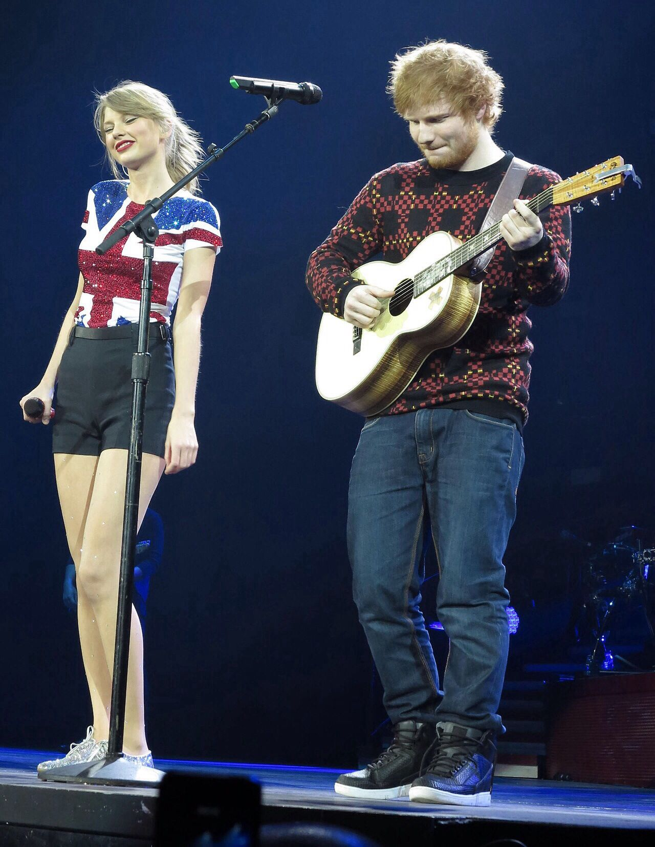01 02 14 Red London Lego House With Special Guest Ed Sheeran
