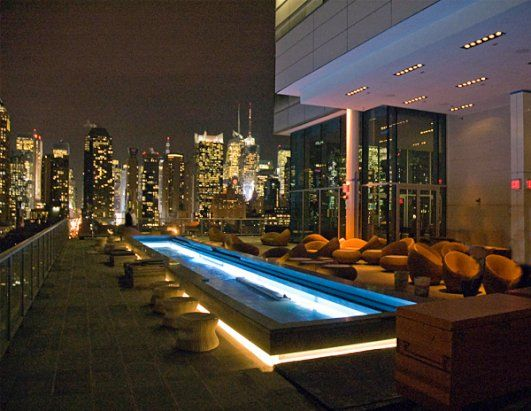 Glass Relfecting Pool The Press Lounge Located On The 16th Floor Atop New York S Ink48 Hotel Offers Stu Best Rooftop Bars Rooftop Restaurants Nyc Rooftop Bar