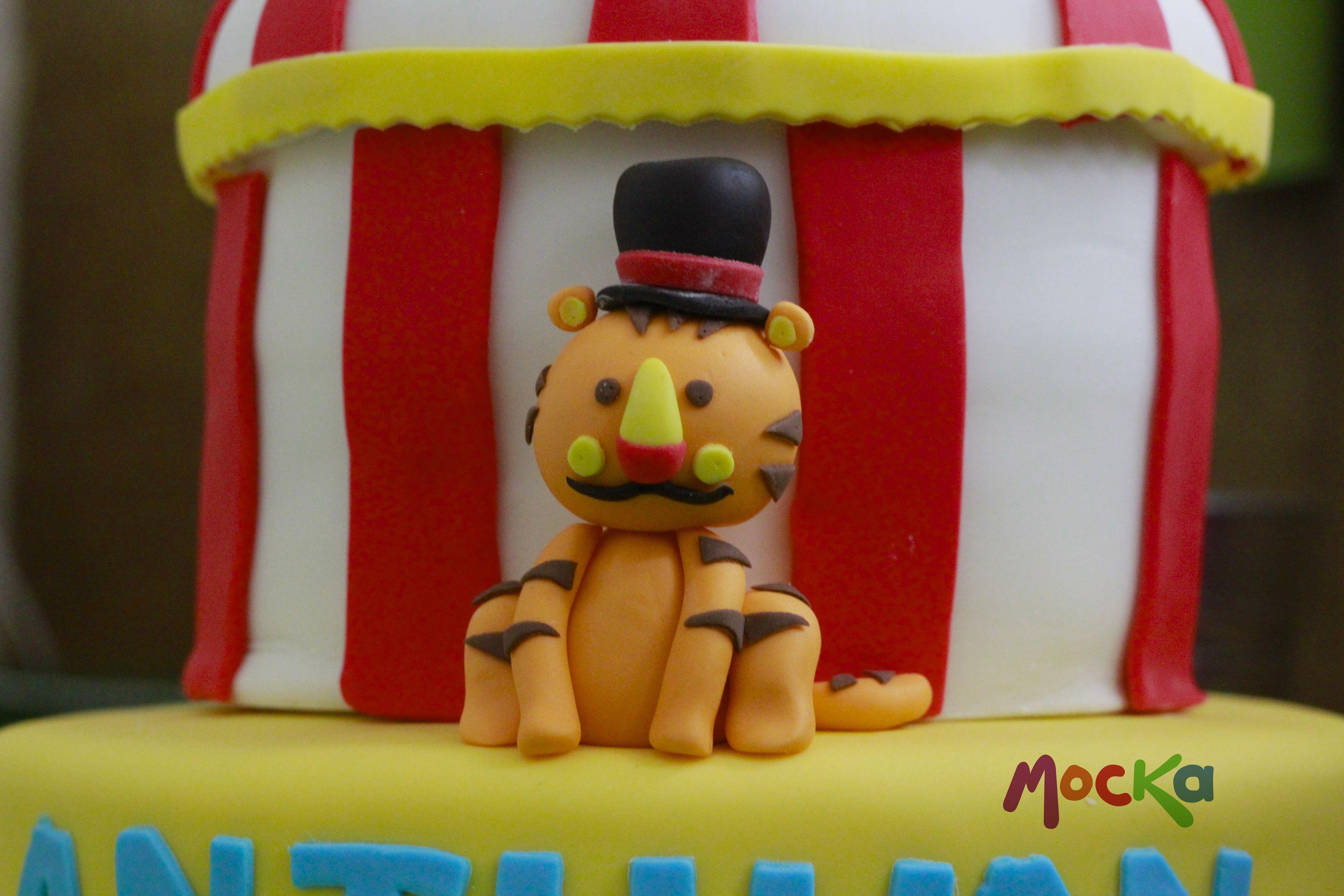 Vamos al #Circo!!!  www.mocka.co  #mocka #pasteleria #cake #cakeshop #circus #tortainfantil #circuscake #torta #ponque