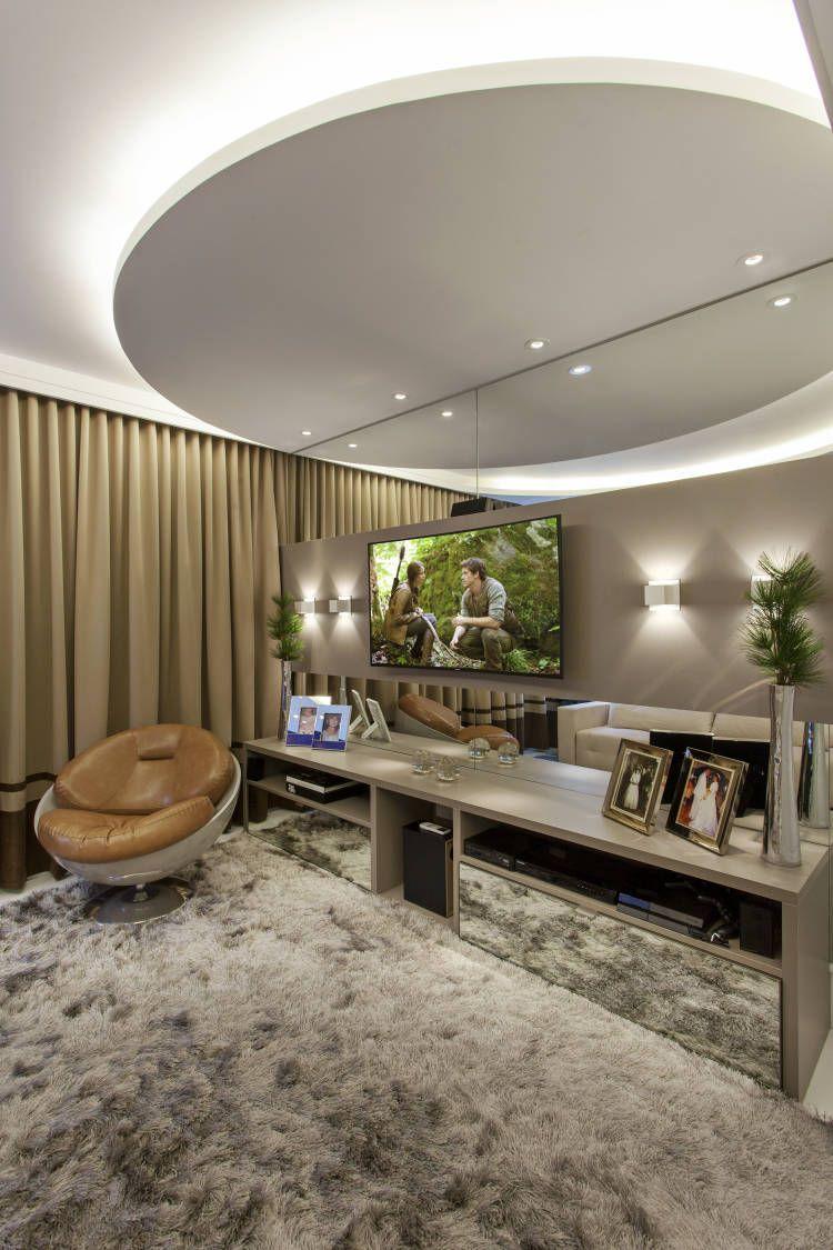 Casa de andar com fachada moderna e ambientes maravilhosos entre e conheça