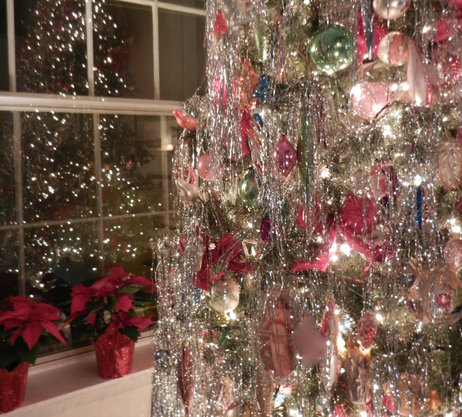 Old Fashioned Christmas, yes to aluminum #christmas trees! Description from  pinterest.com