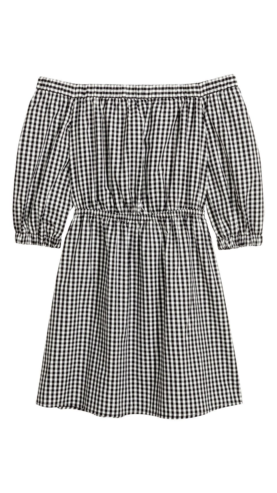 Gingham is still a favorite for fall fall transitional looks from
