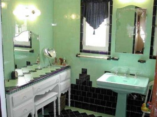 Never Change, Colorful Tile Bathrooms In Old LA Houses Part 82