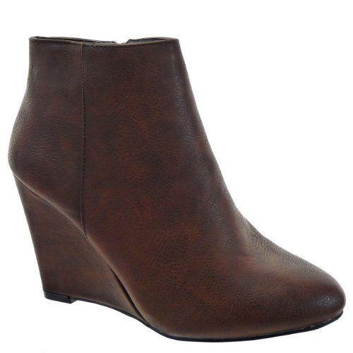 Kickly - Scarpe da Moda scarpe decollete zeppa alla caviglia donna Low boots Tacco zeppa 9.5 CM - soletta tessuto - Marrone T 40 - UK 6.5 in OFFERTA su www.kellieshop.com Scarpe, borse, accessori, intimo, gioielli e molto altro.. scopri migliaia di articoli firmati con prezzi da 15,00 a 299,00 euro! #kellieshop Seguici su Facebook > https://www.facebook.com/pages/Kellie-Shop/332713936876989