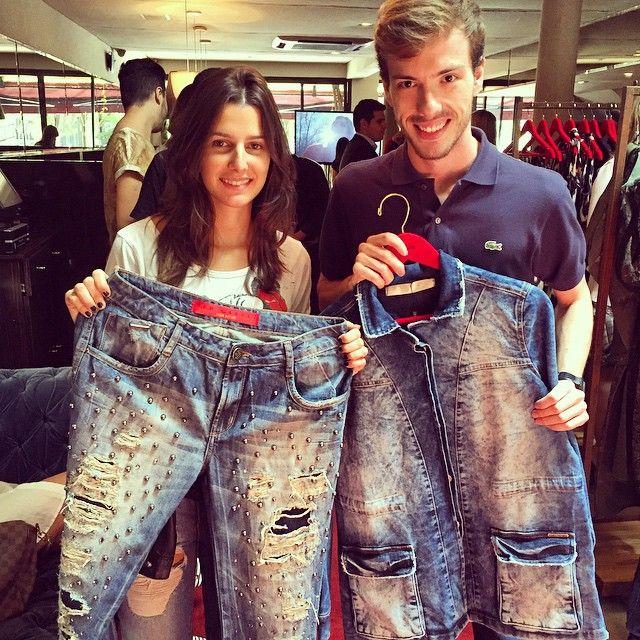 My Choice | Os stylists da @voguebrasil Patricia e Luiz elegeram duas peças como itens indispensáveis dessa coleção! Calça com tachas da linha #redcarpet e jaqueta jeans que é item curinga pra vida inteira!  #lpnarussia #lancaperfume #lplovers #winter15