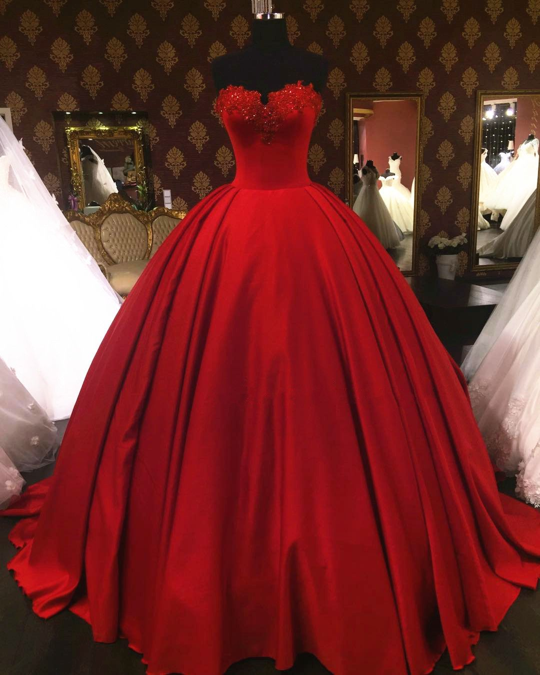 Lovely Sweetheart Red Wedding Dresses Ball Gowns Vintage Satin Dress Y 2017