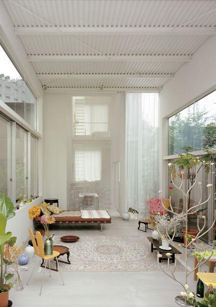 House a sanaa architects kasuyo sejima ryue nishizawa for Laminas para techos interiores