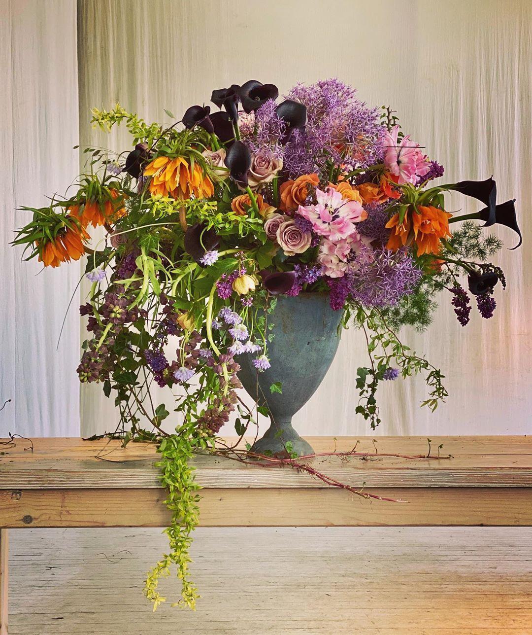 Gregor Lersch On Instagram Springflowers In Spring Days In Not To Much Of A Spring Mood An Arrangement In A Gardening Feeling Flowerd Bloemen