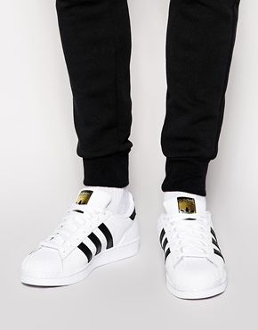 cheap for discount 0ed87 bcefd adidas Originals Superstar Trainers C77124