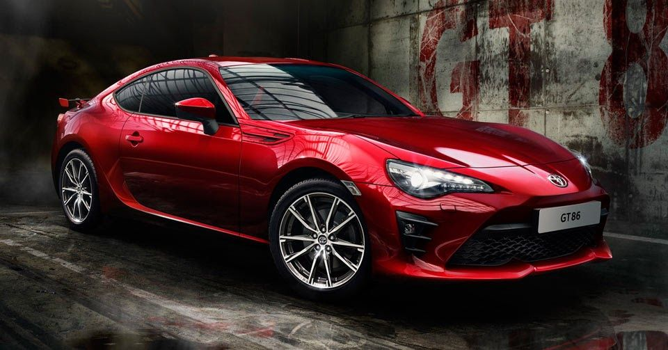 Facelifted Toyota Gt86 Arrives In Europe With Track Mode Carscoops Toyota Gt86 Toyota 86 Cool Sports Cars